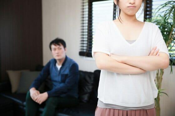 妻が浮気してるかも!浮気を疑う際に夫がやらなければいけないこと